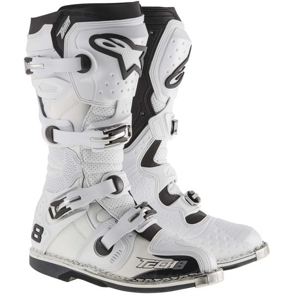 〔WEB価格〕TECH 8 RS ブーツ