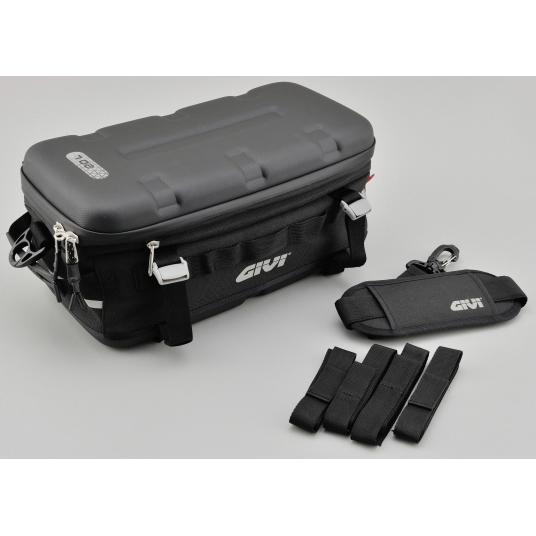 GIVI UT807 防水カーゴバッグ