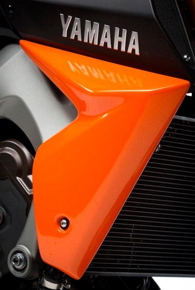 COORIDE MT09 Radiator Cheeks ラジエターカバー