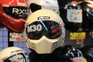 SIMPSONヘルメット「M10」アイボリー入荷