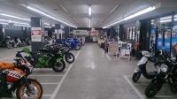 屋内バイク専用駐輪場
