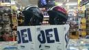 話題のSHOEIヘルメットにニューカラー