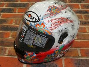 SUOMYヘルメット